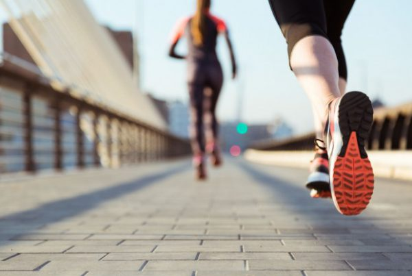 Here's How To Balance Fitness Routines With Social Engagements